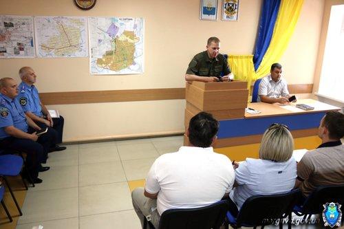 Жители Сартаны попросили Вячеслава Аброськина повлиять на торговлю спиртным военным (ФОТО), фото-3