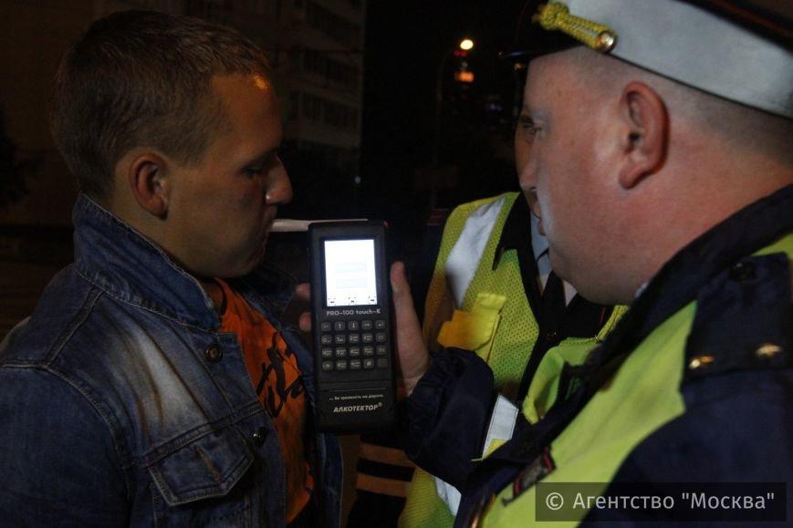 Задержан водитель в состоянии сильного алкогольного опьянения, который пытался скрыться от полицейских (ФОТО) (фото) - фото 1