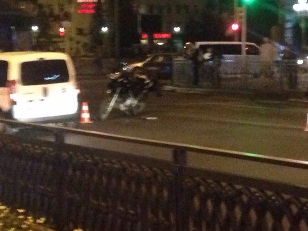 В центрі Рівного ДТП - травмований мотоцикліст (фото) - фото 1