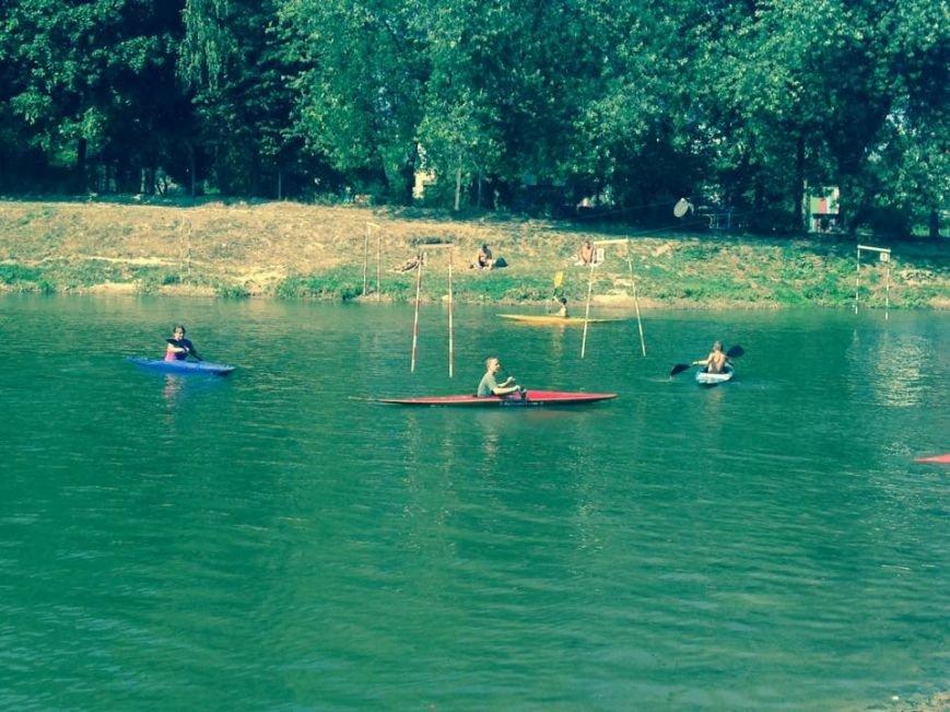 У Львові проходять обласні змагання з веслувального слалома (ФОТО) (фото) - фото 1