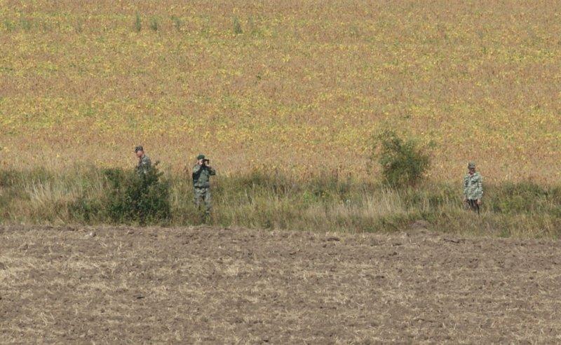 Буковинські активісти допомагають прикордонникам патрулювати кордон, фото-2