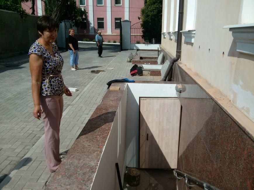 Мариупольский  художественный музей имени Куинджи залечил следы обстрела и преображается (ФОТО) (фото) - фото 4
