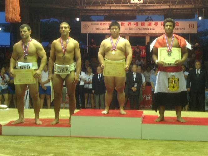 Студент СумГПУ взял «бронзовую» медаль на чемпионате мира по сумо (фото) - фото 1