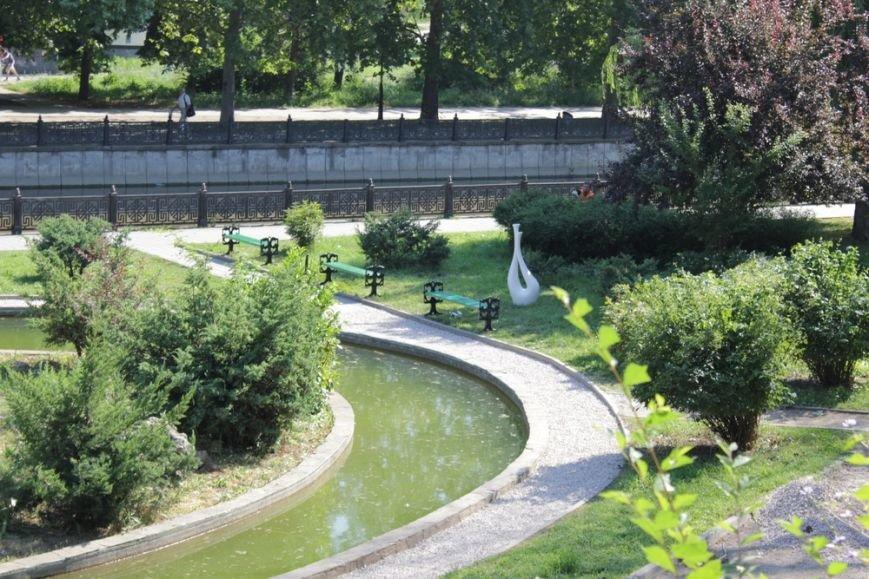 Сквер Центрального парка культуры и отдыха Симферополя привели в порядок (ФОТО) (фото) - фото 2