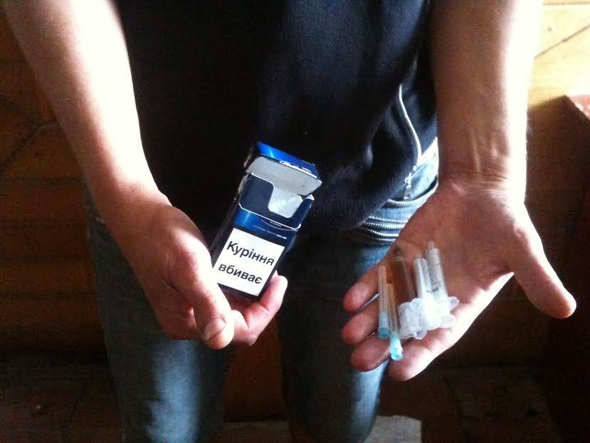 В исправительный центр Мариуполя пытались пронести наркотики (ФОТО) (фото) - фото 1