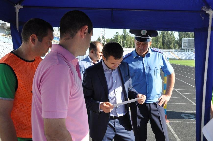 Николаевская полиция проходит фейс-контроль у губернатора Николаевщины (ФОТО), фото-6