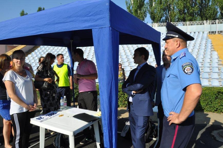 Николаевская полиция проходит фейс-контроль у губернатора Николаевщины (ФОТО), фото-5
