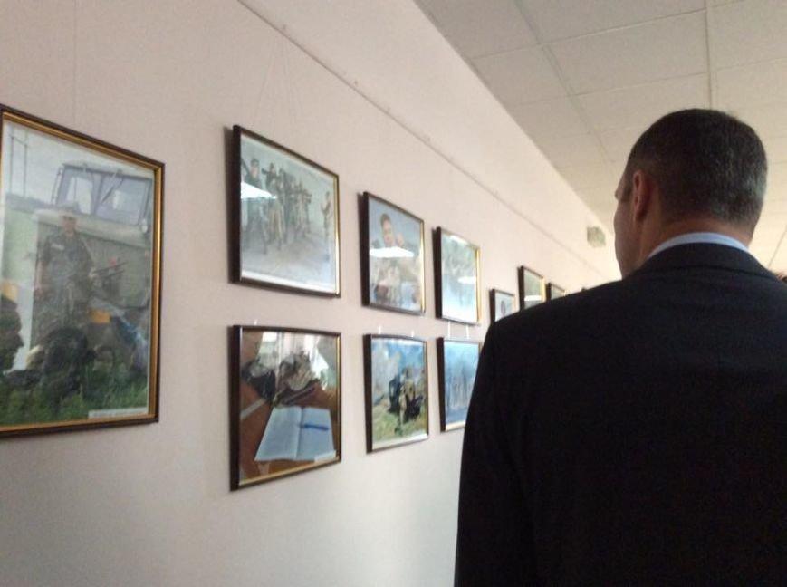 Кличко подарил икону бойцу, который служил под Мариуполем, фото-2
