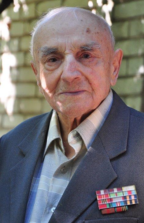 Житель Славянска отметил 100-летний юбилей (фото) - фото 1