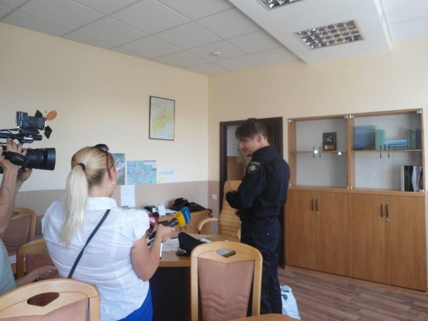 Начальник патрульної поліції Львова показав де він живе і працює (ФОТО) (фото) - фото 1