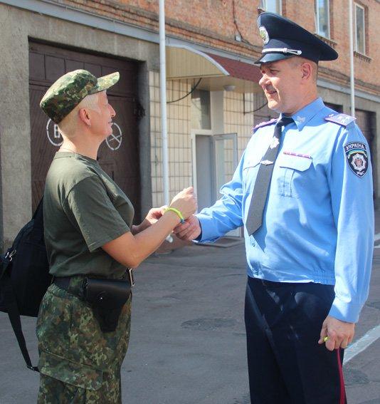 Житомирський зведений загін правоохоронців вирушив у зону АТО (фото) - фото 1