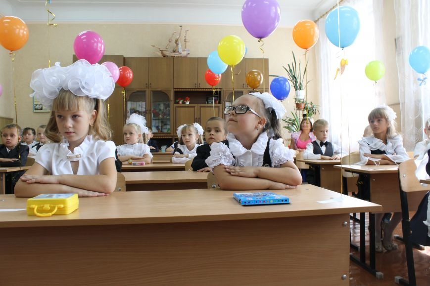 Добропольская гимназия приняла первоклашек (ФОТО, ВИДЕО), фото-3