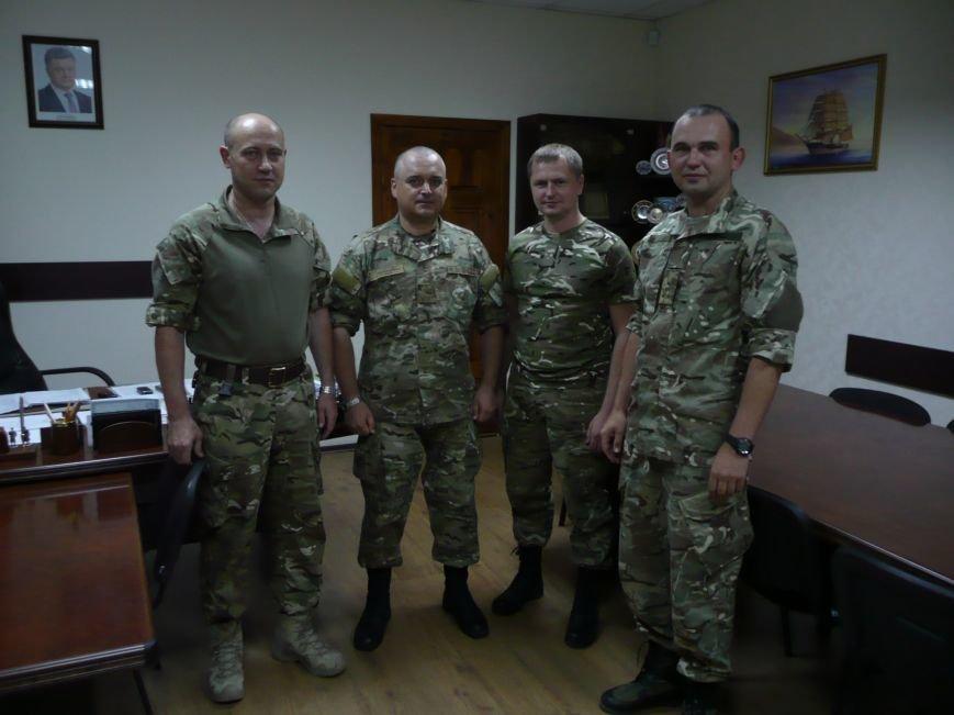 Разом з командуваням Донецького прикордонного загону