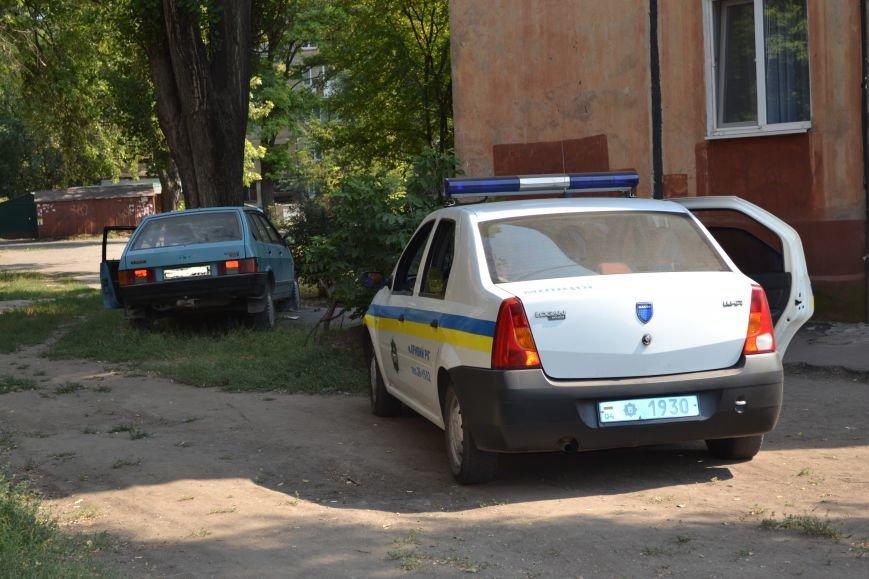 Криворожанин устроил ралли по Соцгороду и затормозил об дерево (ФОТО), фото-5