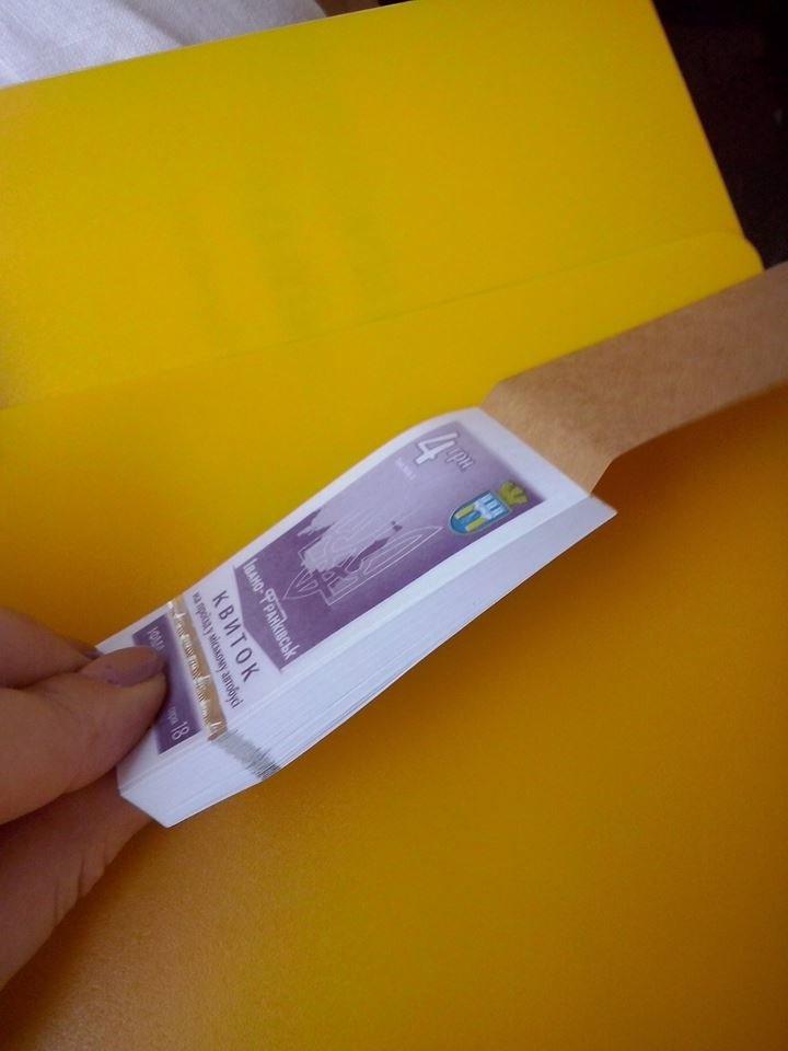 Нові правила у франківських маршрутках виконують – міф чи реальність? 2 чи 4 грн за проїзд? (фото) - фото 1
