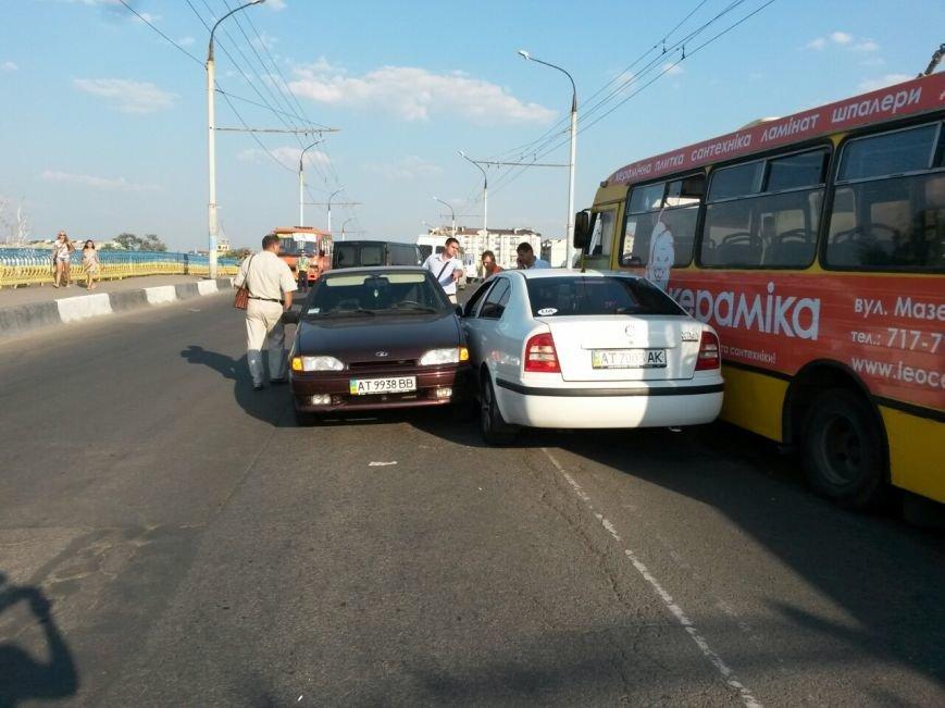 Маштабне ДТП на мості по вулиці Незалежності (ФОТО), фото-4