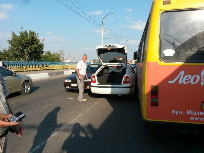 Маштабне ДТП на мості по вулиці Незалежності (ФОТО), фото-5