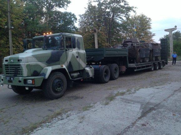 Александрийский завод получил первый платный заказ на ремонт бронетехники (фото) - фото 1