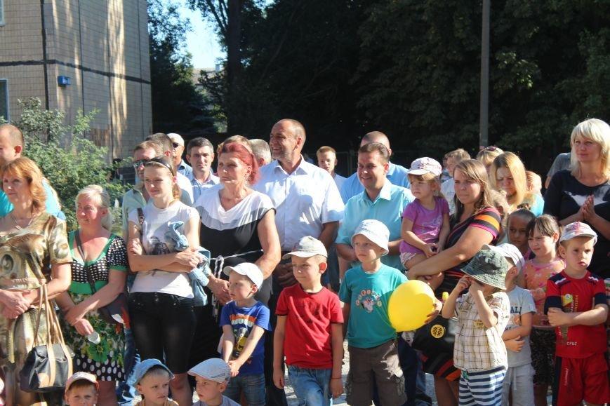 В Кривом Роге открыли новую, уже 140-ю по счету, детскую площадку., фото-3