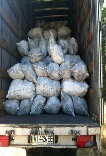 На Сумщине пограничники задержали автомобиль с 500 мешками древесным углем (ФОТО) (фото) - фото 1