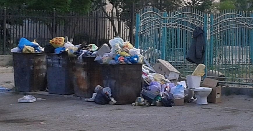 ТОО «Caspiy Operating» просит жителей Актау сообщать о неубранном мусоре (фото) - фото 4