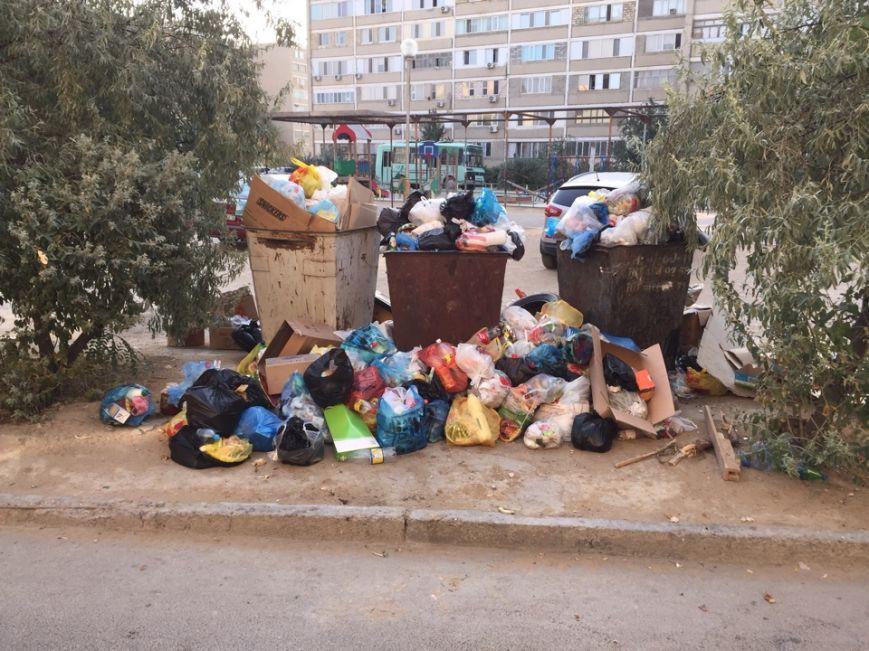 ТОО «Caspiy Operating» просит жителей Актау сообщать о неубранном мусоре, фото-7