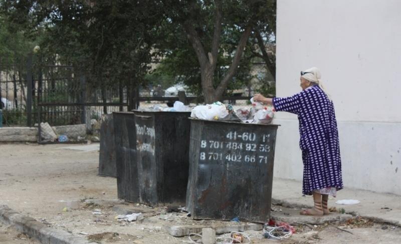 ТОО «Caspiy Operating» просит жителей Актау сообщать о неубранном мусоре, фото-2