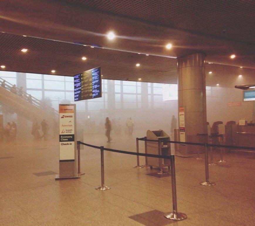 Уточненная информация по задымлению в аэропорту Домодедово, фото-1