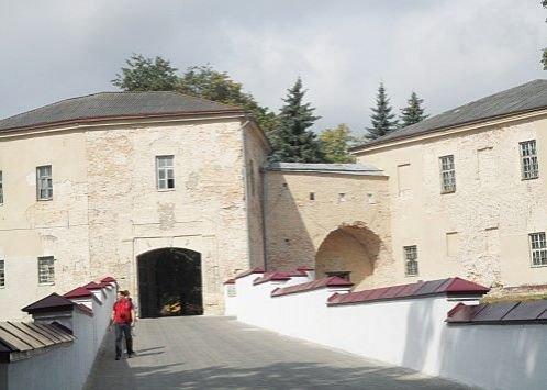 Старый замок нуждается в срочной реконструкции, а выделенных денег хватило только на разработку проекта (фото) - фото 3