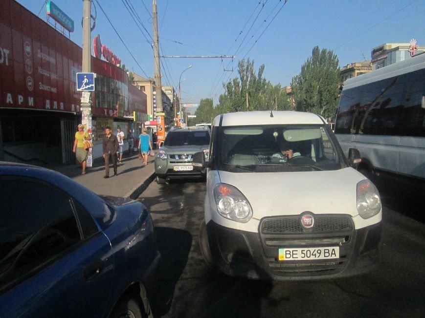 В Николаеве водители устроили беспредел на дорогах (ФОТО) (фото) - фото 3