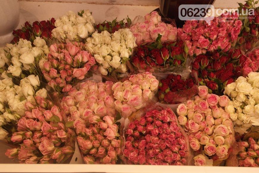 Королевские розы всего по 28 гривен  в красноармейском магазине «Floreciente»! (фото) - фото 1