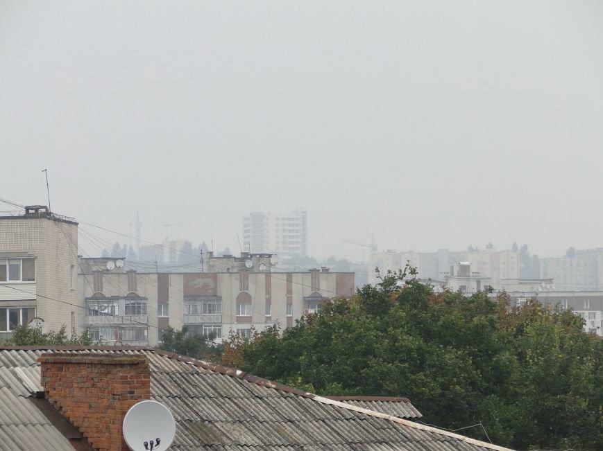 Над Хмельницьким шириться їдкий дим - горять торфовища (Фото) (фото) - фото 2