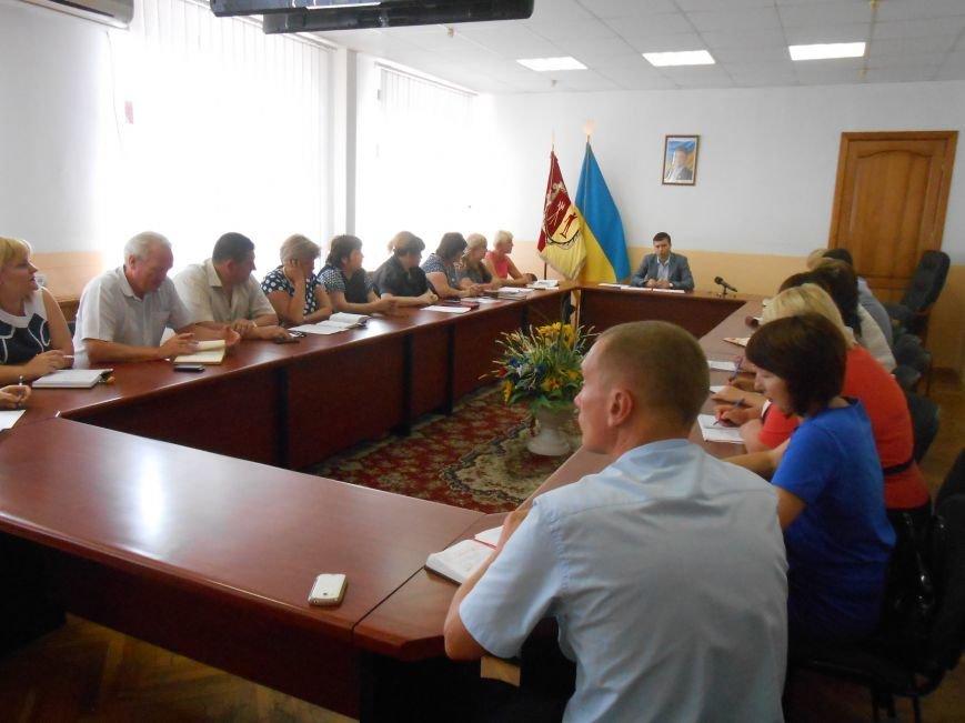 В Днепродзержинске планируют отметить 265-летие города без политики и помпезности (фото) - фото 1