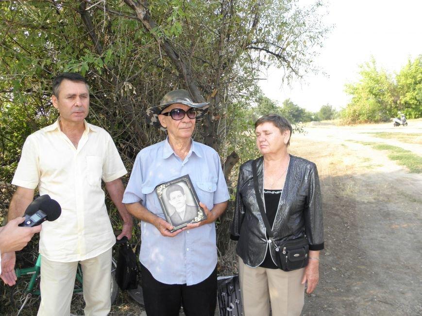 В Краматорске состоялось перезахоронение останков жителей Ясногорки, расстрелянных в годы войны (фото) - фото 5