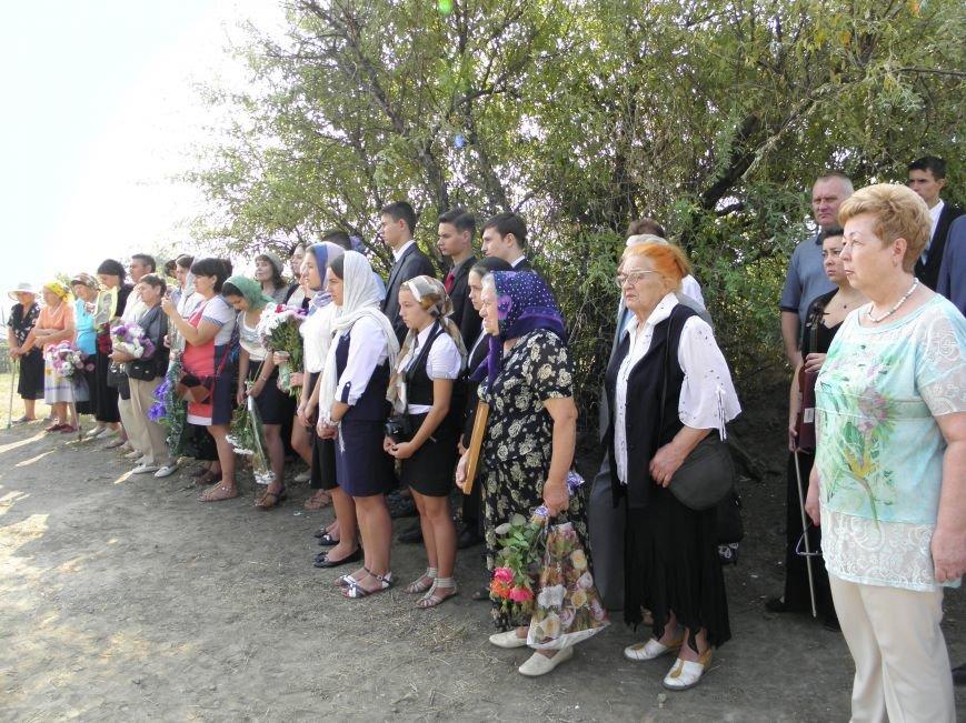 В Краматорске состоялось перезахоронение останков жителей Ясногорки, расстрелянных в годы войны (фото) - фото 4