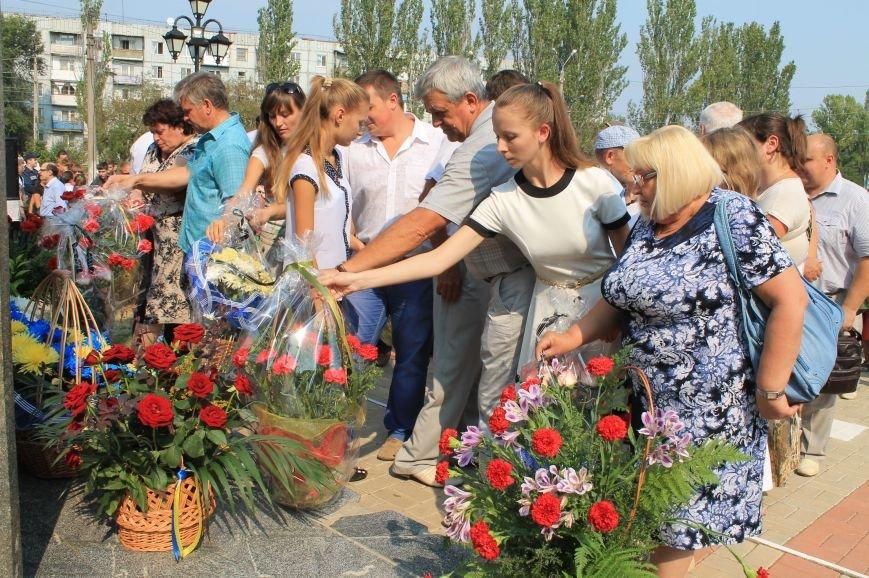 В Артемовске возложили цветы к памятнику Воину-освободителю  Донбасса, фото-4