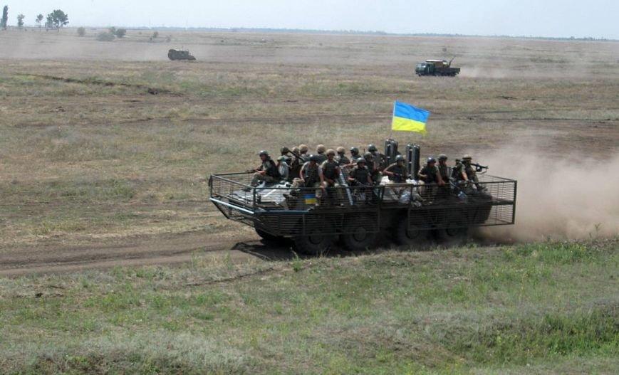 На полигоне под Николаевом проходят военные учения (ФОТО) (фото) - фото 2
