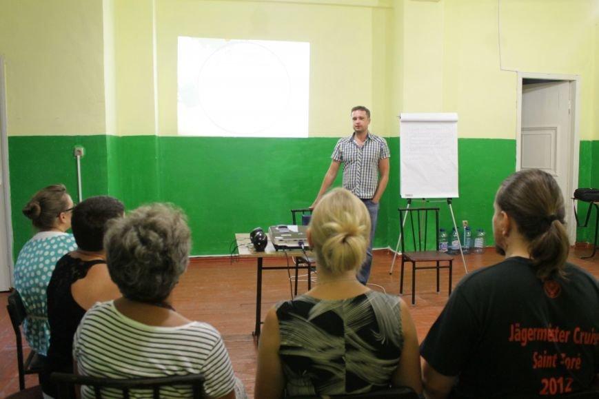 Ивано-франковские волонтеры и журналисты посетили Доброполье (ФОТО), фото-5