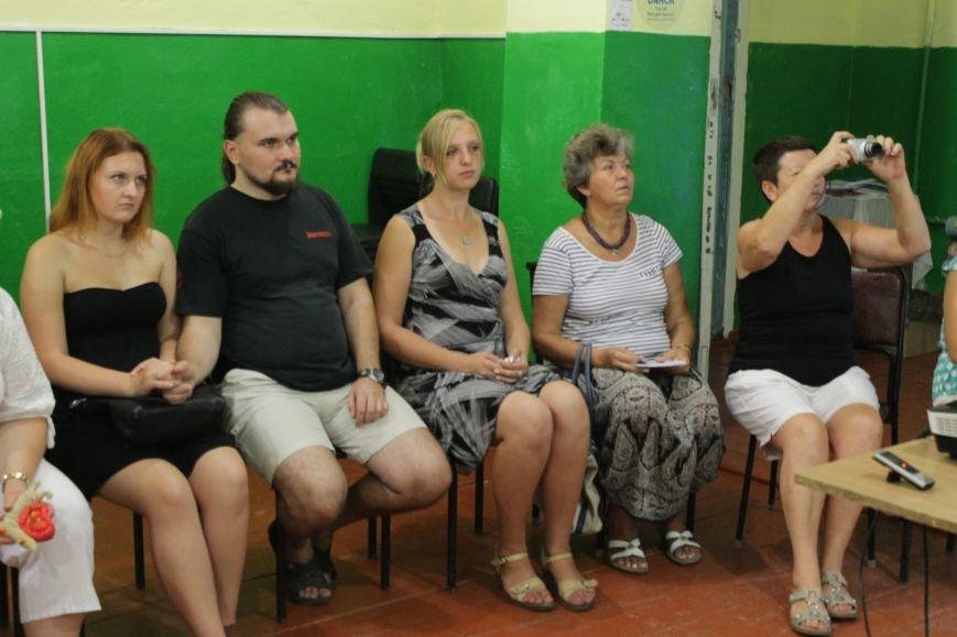 Ивано-франковские волонтеры и журналисты посетили Доброполье (ФОТО), фото-3