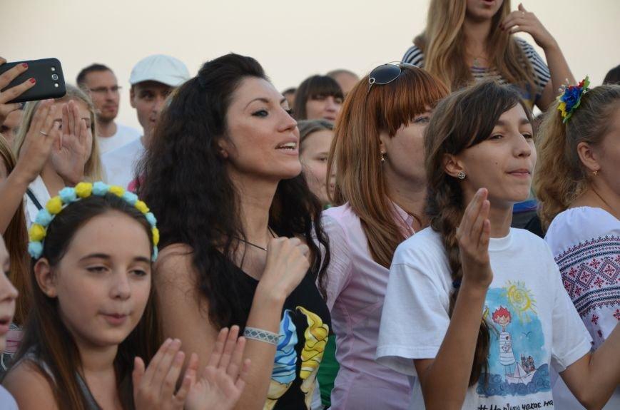 Сотни мариупольцев ждут «Океан Эльзы» (ФОТО+ВИДЕО), фото-34
