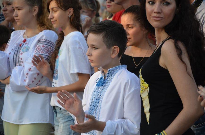 Сотни мариупольцев ждут «Океан Эльзы» (ФОТО+ВИДЕО), фото-22