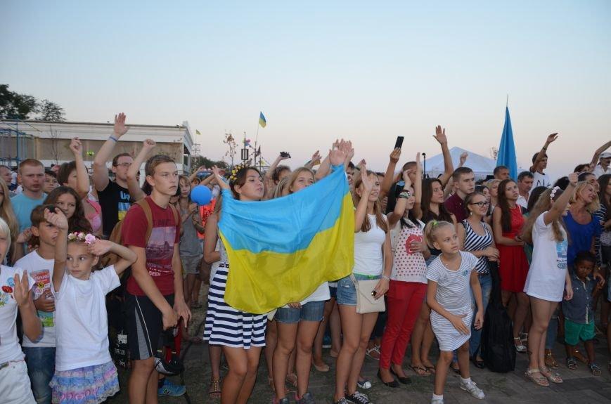 Сотни мариупольцев ждут «Океан Эльзы» (ФОТО+ВИДЕО), фото-48