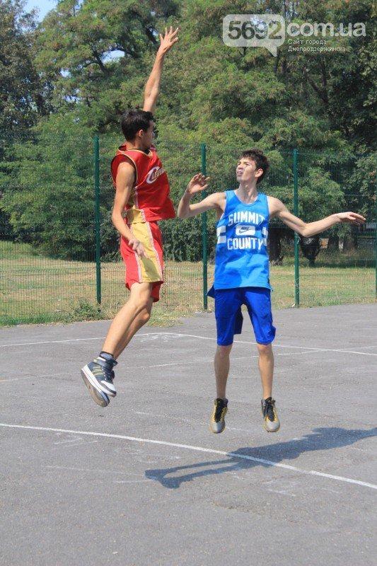 В Днепродзержинске прошел турнир по стритболу (фото) - фото 4