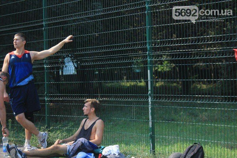 В Днепродзержинске прошел турнир по стритболу (фото) - фото 1