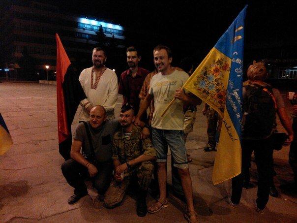 На дембель вернулись восемь запорожских военных (ФОТО) (фото) - фото 1