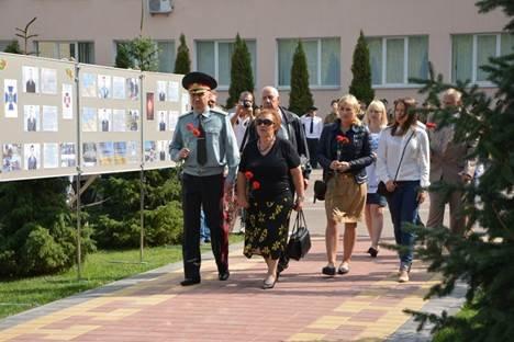 Первокурсники Национальной академии СБУ приняли присягу на верность украинскому народу (ФОТО, ВИДЕО) (фото) - фото 3