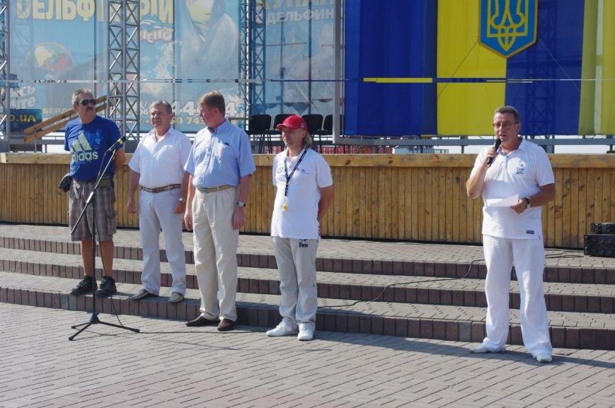 Чемпионат Украины по плаванию стартовал в Бердянске (фото) - фото 1
