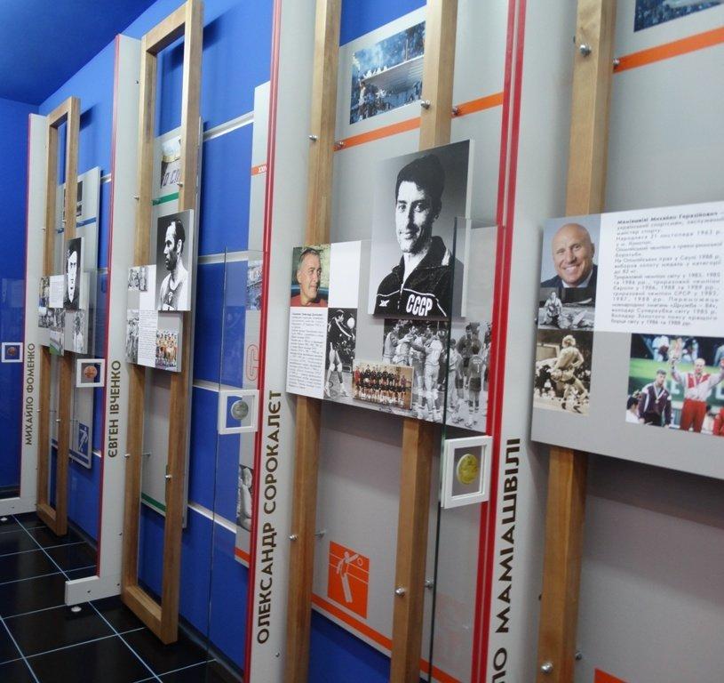 В Сумах открыли пришкольный музей олимпийской славы (ФОТО), фото-1