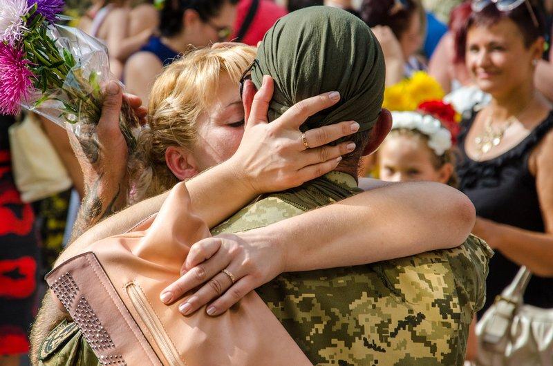 На Днепропетровщине встретили демобилизованных бойцов 43-го батальона (фото) - фото 8