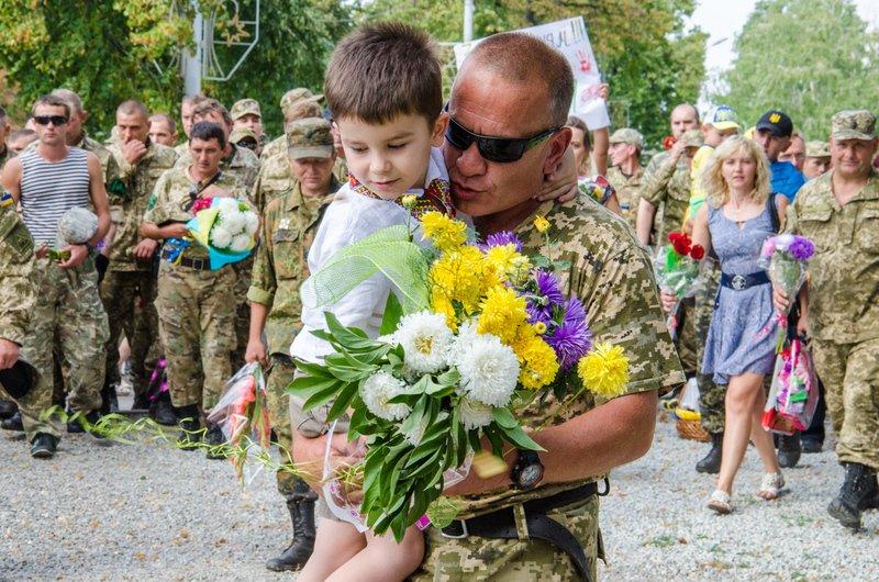 На Днепропетровщине встретили демобилизованных бойцов 43-го батальона (фото) - фото 14
